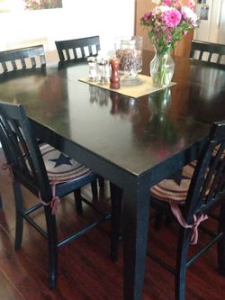 Dining Table And Chairs for Sale in Culver City,  CA
