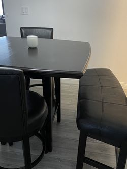 Dining Table for Sale in Portland,  OR