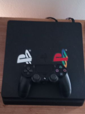 PS4, headphones, and 3 games for Sale in Puyallup, WA