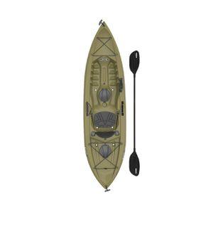 Lifetime tamarack angler 100 fishing kayak paddles included for Sale in Austin, TX