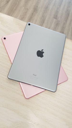 Apple iPad Pro 9.7 128GB for Sale in Renton, WA