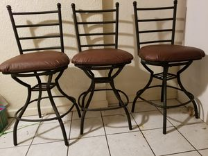 3 bar stools for Sale in Sanger, CA