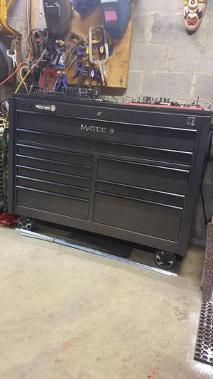 Matco 4s toolbox with outlets and USB plugs for Sale in Wheaton, MD