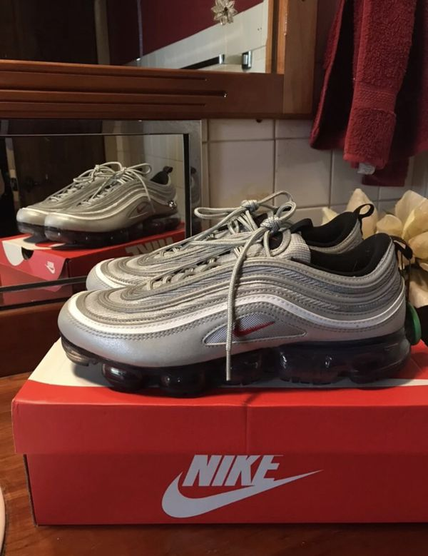1423e9a188 Nike VaporMax 97 Silver Bullet Sz 10 for Sale in Aurora, IL - OfferUp