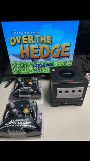 Nintendo GameCube 2 controllers with game for Sale in Coral Gables, FL