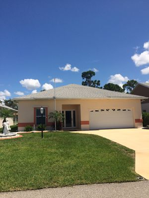 Beautiful builders model two bedroom,two bath, two car garage home for sale for Sale in Sebring, FL