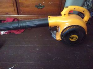 Leaf blower, hedge trimmer, and weed eater for Sale in Columbus, OH