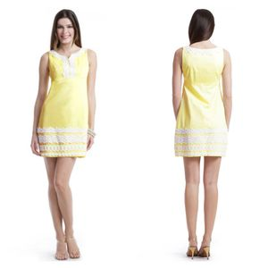 Lilly Pulitzer Dotty Lace Shift Dress for Sale in Crandon, WI