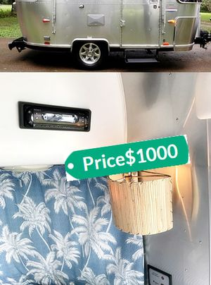 Excellent O8 Bambi Silver Airstream Offer Today for Sale in Washington, DC