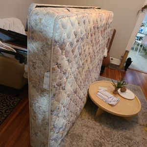 Full Size Mattress And Box for Sale in New Britain, CT