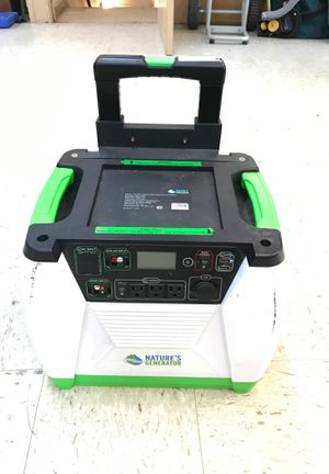 Nature Generator 1800-watt solar powered portable generator with electric start. for Sale in Everett, WA