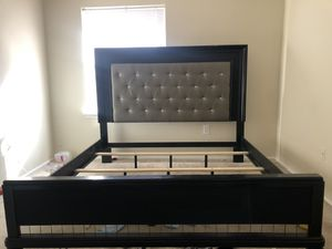 Diva King Size Bed Frame ONLY for Sale in Adelphi, MD