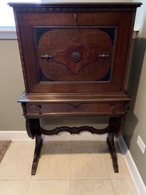 Vintage unique upright Secretary Desk for Sale in Joliet, IL