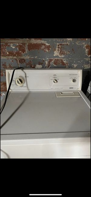 Gas Dryer Perfect Condition for Sale in Cleveland, OH
