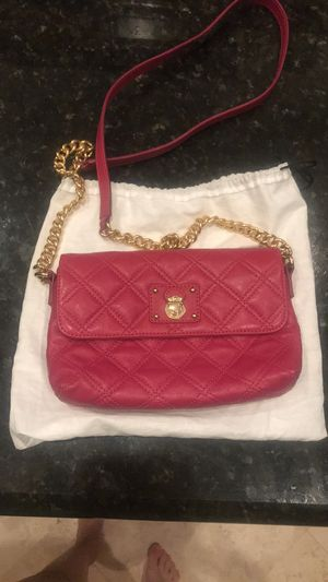 Marc Jacobs pink crossbody quilted leather bag for Sale in Delray Beach, FL