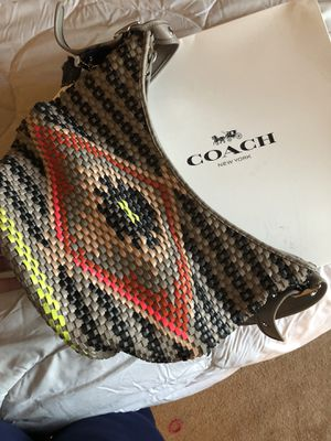 Coach hobo bag with zipper for Sale in San Pablo, CA
