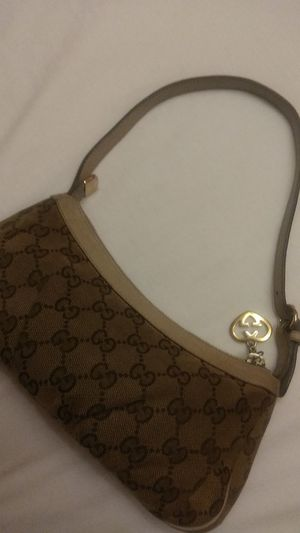 Authentic Gucci Classic Monogram Purse/Clutch 475$ from Neiman Marcus for Sale in Fair Oaks, CA