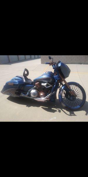 VTX1800 CUSTOM CLEAN DEPENDABLE RUNS HARD for Sale in Moreno Valley, CA