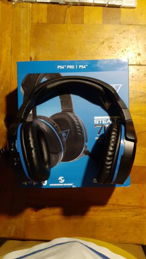 Turtle Beach Stealth 700 wireless ps4 headset for Sale in Chandler, AZ