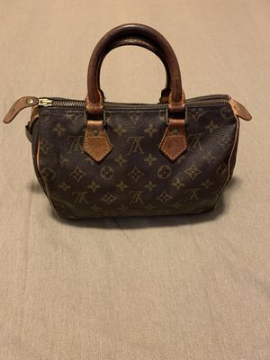 Vintage Louis Vuitton Leather Speedy 25. Excellent Condition! for Sale in Whitestown, IN