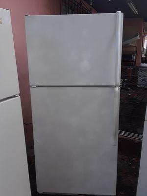 Kenmore refrigerator 29 in wide for Sale in Miami, FL