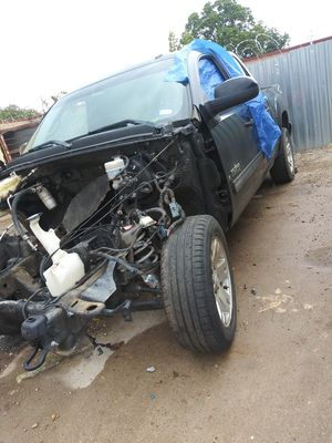 2009 Gmc sierra for parts for Sale in Duncanville, TX