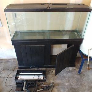 55 Gallon Tank & Stand for Sale in Buckley, WA