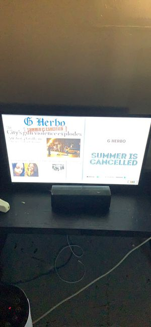 32 inch tv for Sale in Wood River, IL