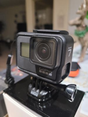 GoPro Hero 7 Black Like New (No Box) for Sale in North Las Vegas, NV
