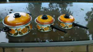 Beautiful enamel cooking pans set of three for Sale in Essex, MD