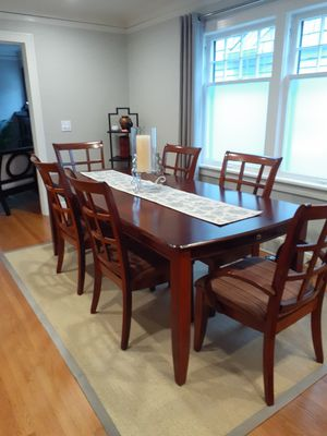Contemporary dining table and chairs for Sale in Seattle, WA
