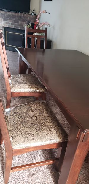 Dining table for Sale in Hillsboro, OR