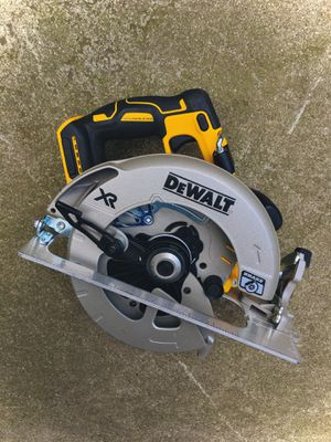 """New DeWalt XR POWER DETECT 7-1/4"""" Circular Saw (Tool Only) for Sale in Modesto, CA"""