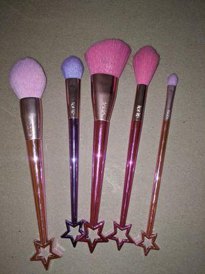 Tarte Star Makeup brush set for Sale in Las Vegas, NV