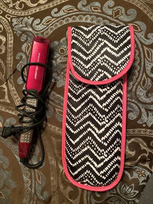 Infiniti Pro by Conair Flat iron for Sale in Lincoln, NE