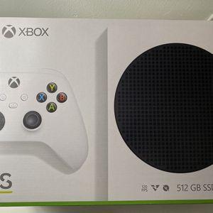 Xbox Series S Bundle for Sale in Miami, FL