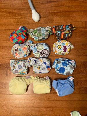 Blueberry Simplex Newborn Diapers for Sale in Chicago, IL