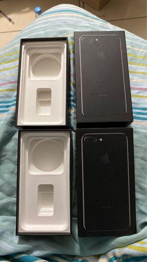 iPhone 7 Plus box for Sale in Miami, FL