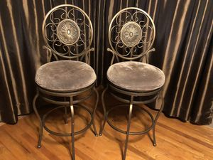 2 Clean Cushioned Stools for Sale in Greenock, PA
