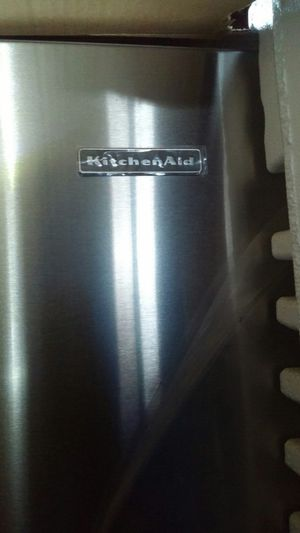KitchenAid 3doors french refrigerator for Sale in Cleveland, OH
