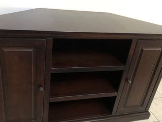 """Tv Stand . Shelving In The Middle & Storage Cabinets & Drawers On Each Side . 54""""wide for Sale in Garden Grove,  CA"""