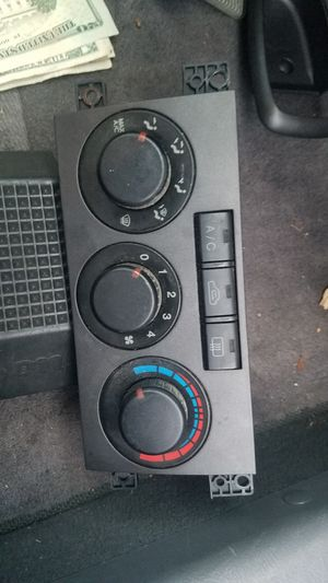 Hyundai Elantra-OEM Temperature Control Switch $30 for Sale in Tampa, FL