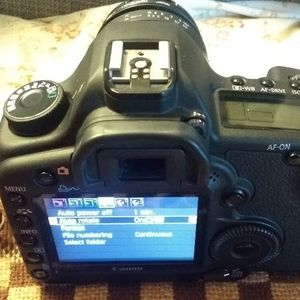 Canon Eos 5D Mark II W/28-105mm Full Frame Camera Lens for Sale in San Jose, CA