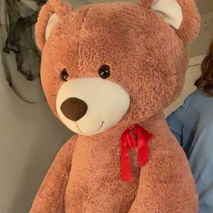 Giant Teddy for Sale in Layton, UT