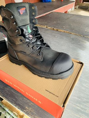 Red Wing non metallic ,electric hazard,waterproof,puncture resistant size 10.5 for Sale in Palmyra, NJ