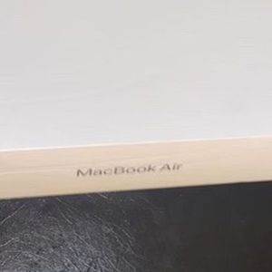"2020 Apple MacBook Air 13"" Intel i3 8GB 256GB SSD for Sale in Marietta, GA"