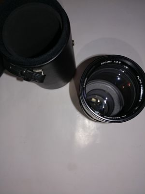 vivitar 200 mm 1: 3.5 auto telephoto lens for Sale in San Diego, CA