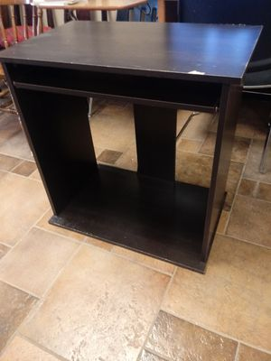 Small desk for Sale in St. Peters, MO