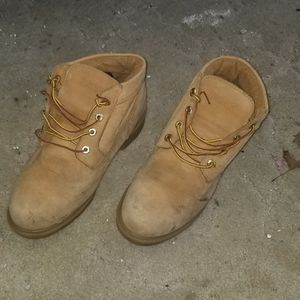 Mens Timberland Boots Gently Used for Sale in Bridgeport, CT