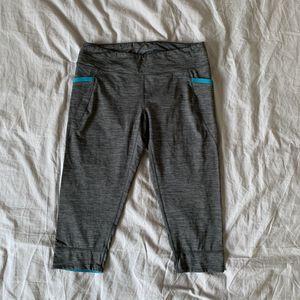 Patagonia crop leggings for Sale in Costa Mesa, CA